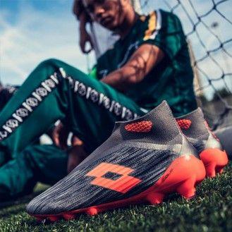 Как правильно выбрать обувь для футбола