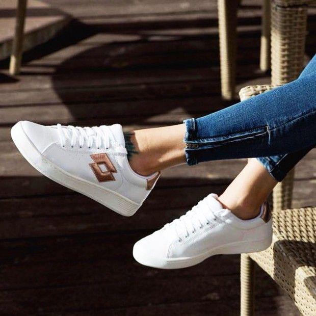 Женские кроссовки от 699 грн
